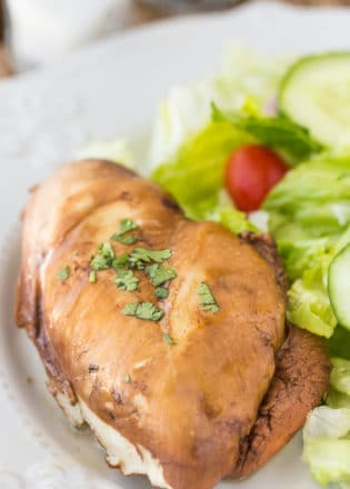 Tea and Honey Chicken. This healthy dinner recipe is easy and super yummy. Chicken breasts poached in tea, honey, and soy sauce. You have to try it!