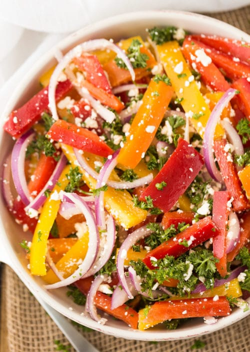 Easy and delicious Salad Recipes that are perfect to serve as side or main dishes. These salad recipes are great  alternatives to other main dishes.