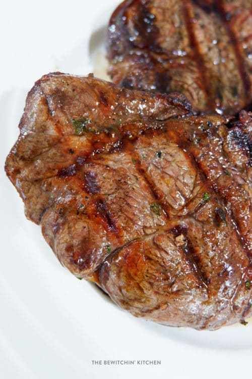 Steak marinade recipe using red wine (merlot).