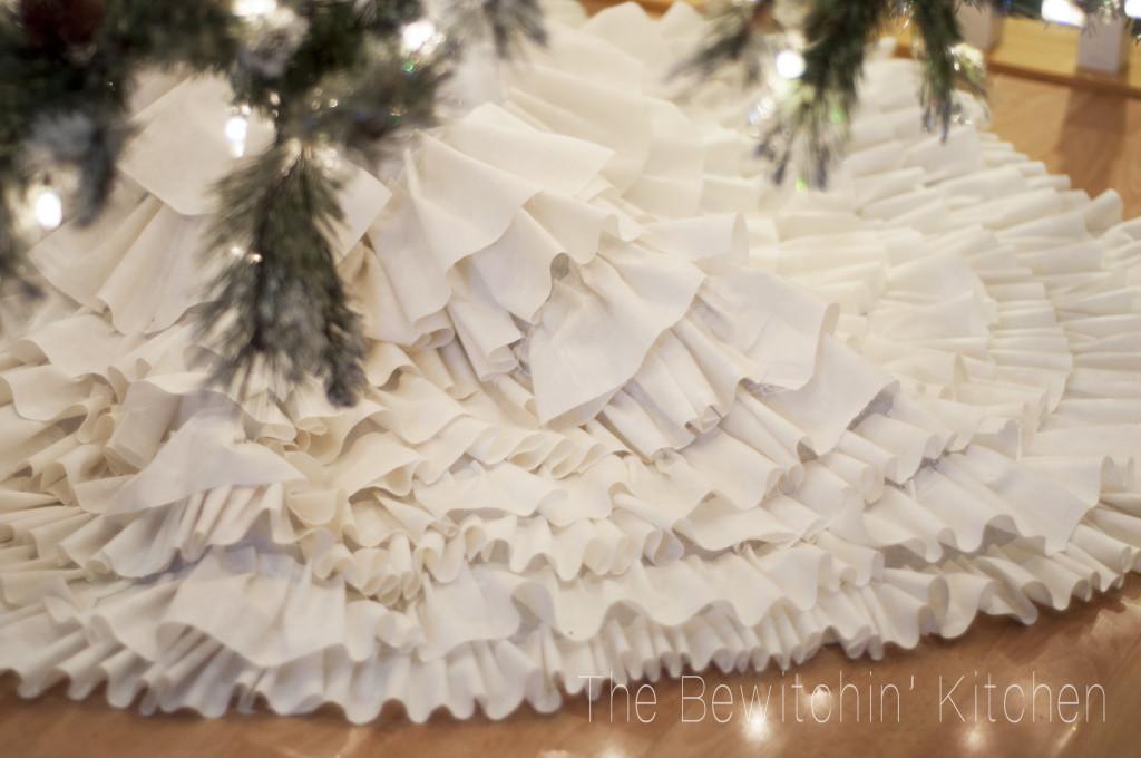 12 Enchanting DIY Christmas Decor Ideas | The Bewitchin ...
