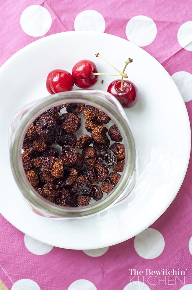 Using the oven to dehydrate cherries