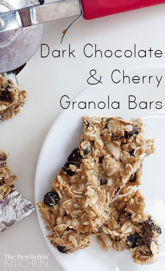 Dark Chocolate and Cherry Homemade Granola Bars