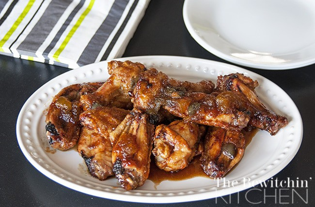 Spicy Peach & Garlic Chicken Wings