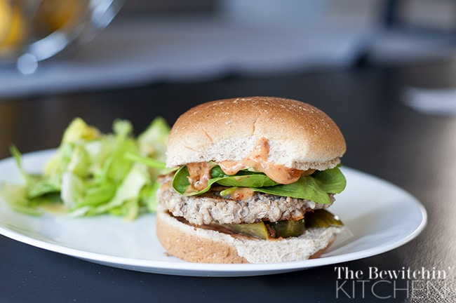 Turkey Feta Burgers With Apricot Chipotle Mayo