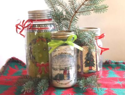http://www.mommykatandkids.com/2013/12/made-love-easy-homemade-christmas-decor.html