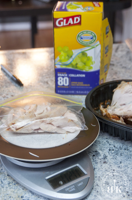 Making healthy lunches with a roasted chicken