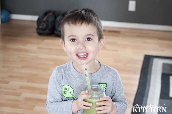 Tropical Power Smoothie - don't let the green fool you. This power smoothie is loaded with antioxidants, vitamins and protein PLUS it tastes like a tropical vacation. Great for picky toddlers | The Bewitchin' Kitchen