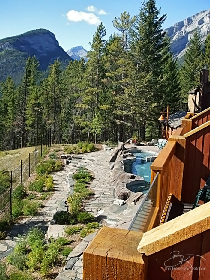 The Hot Pools at Hidden Ridge Resort in beautiful Banff, Alberta. Such an amazing Canadian travel destination!