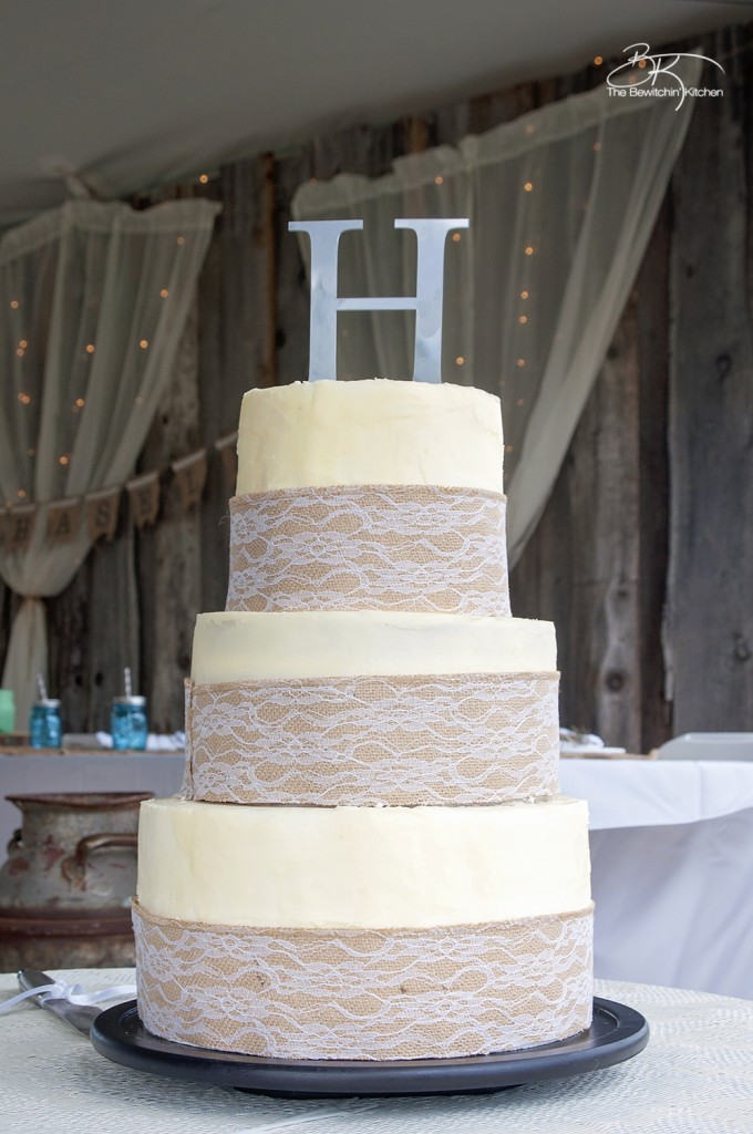 diy rustic wedding cakes rustic wedding ideas that are diy amp affordable the 13617