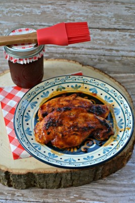 Homemade BBQ Sauce recipe from The Ranting Ginger featured on Monday Funday Linky Party