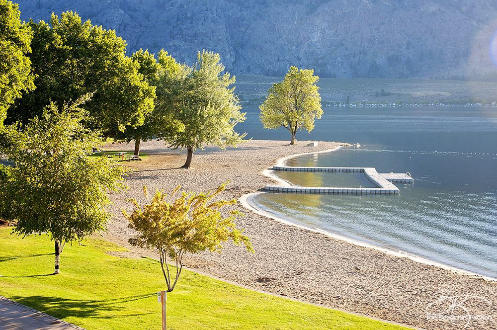 The Watermark Beach Resort in Osoyoos, British Columbia is a must on your Southern Okanagan vacation. This Okanagan resort has it all! It's the perfect family destination, and sets the scene for weddings, reunions or just a night away.