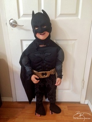Batman Halloween Costume for toddlers review from Costume SuperCenter.