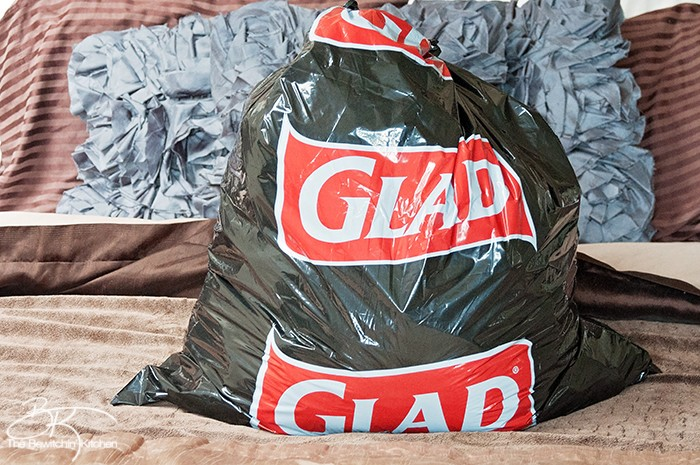 Clean out your closets, get organized and donate your clothes to the #donate4good program from Glad!