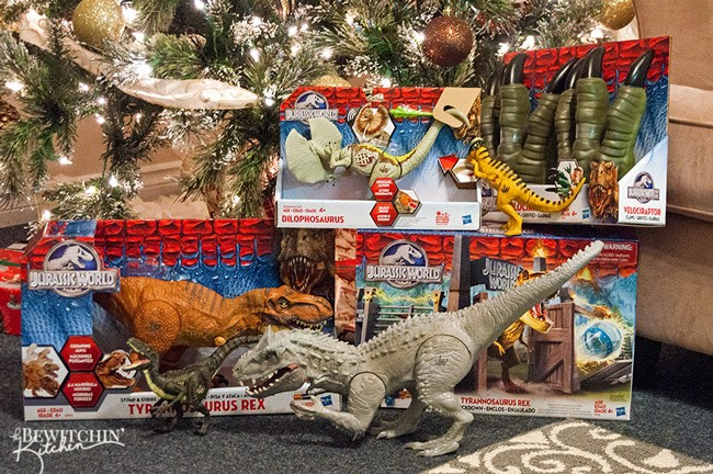 Jurassic World gifts for the dinosaur super fan. My son is obsessed with dinosaurs, these make great Christmas gifts and Birthday presents for dinosaur lovers of all ages.