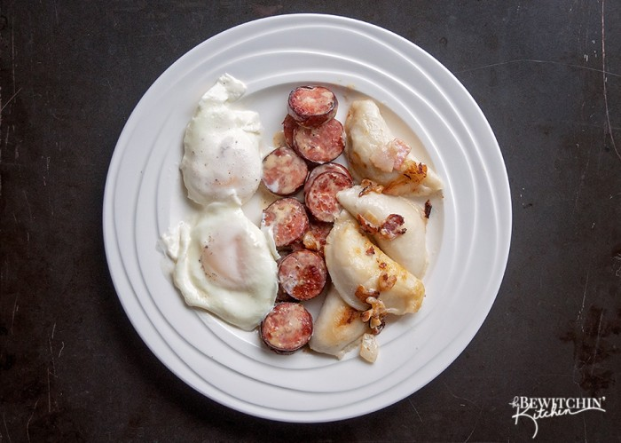 This Ukrainian Christmas Breakfast recipe is a Christmas morning tradition for my family. Perogies, ukrainian sausage, eggs and lots of cream. It's not the number 1 choice for weight loss, but it's the perfect cheat day meal. | The Bewitchin Kitchen