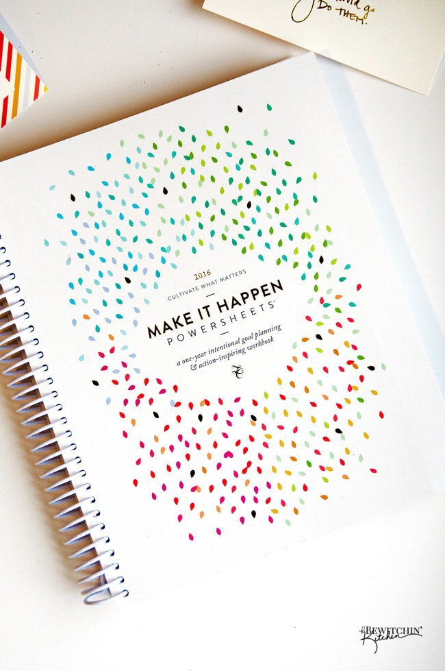 The 2016 Make It Happen Powersheets from the Lara Casey Shop! Here's a sneak peak at my order, I'm so excited to get started. Setting goals and crushing them to be the best girl boss out there! | thebewitchinkitchen.comThe 2016 Make It Happen Powersheets from the Lara Casey Shop! Here's a sneak peak at my order, I'm so excited to get started. Setting goals and crushing them to be the best girl boss out there! | thebewitchinkitchen.com