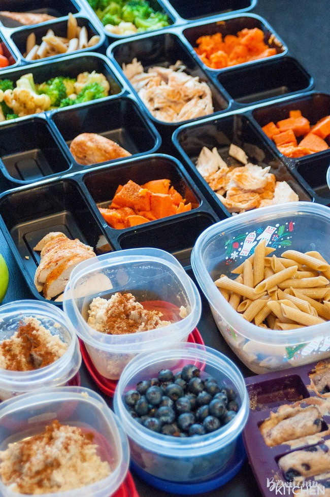 6 meal prep tips for busy families. Meal prepping is a great way to stay healthy and sane. The Bewitchin' Kitchen teamed up with Chef Cory Vitiello and Catelli to bring these helpful dinner tips. | Thebewitchinkitchen.com