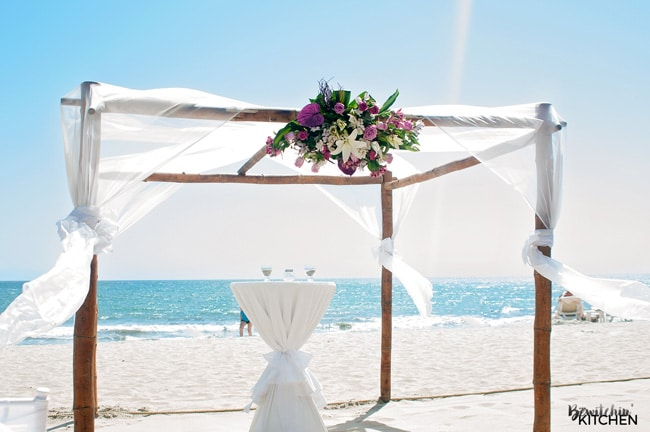 The Riu Palace Pacifico is a great destination wedding location. It's beautiful and the beach is perfect. A great place to add on your travel bucket list. Love the Riviera Nayarit in Mexico!