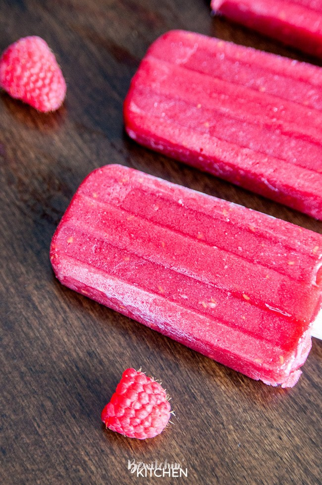 Berry and Beet Popsicles - don't let the hidden vegetable scare you. This homemade ice pop recipe is a refreshing and sweet way to beat the heat this summer. Picky eater approved!