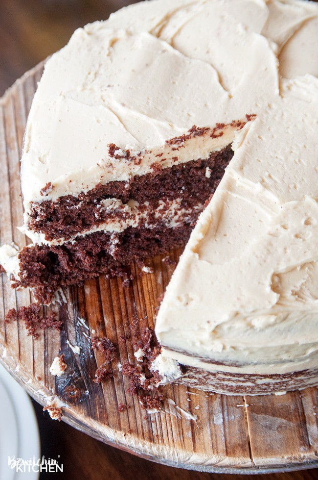 Baileys Butter Cream Frosting. Best frosting recipe ever! This creamy cake icing recipe has the decadent bite of irish cream. Delicious on chocolate cake!