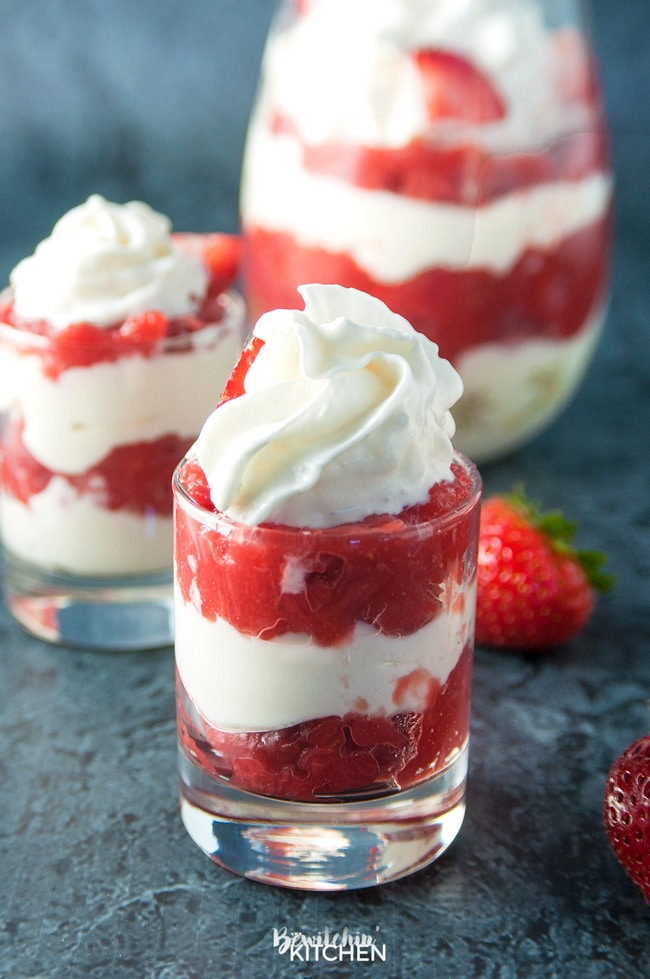 Strawberry Rhubarb Parfaits - an easy no bake dessert using greek yogurt and strawberry rhubarb pie filling.