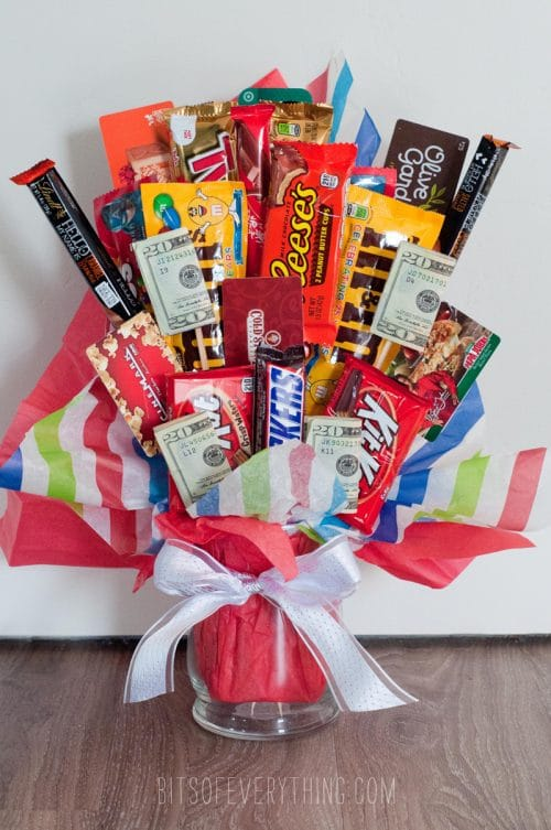 5 candy bouquets that are not only an easy DIY craft but a great homemade gift.