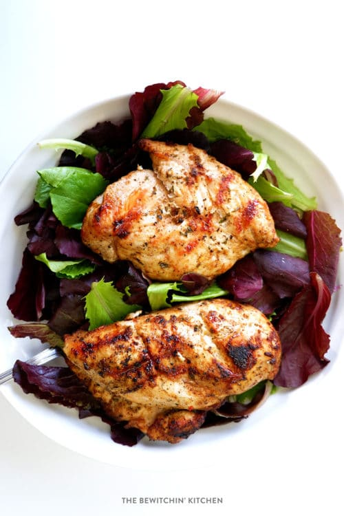 Who says BBQ recipes have to be unhealthy? This marinade grilled Chili Lime Chicken recipe is a healthy dinner idea that falls under Whole30, paleo, clean eating and 21 Day Fix approvals.