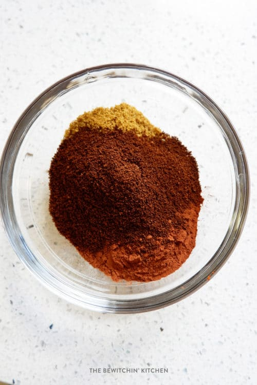Smokey BBQ Rub - this delicious rub features coffee and cocoa which makes for a smoky grilled chicken.