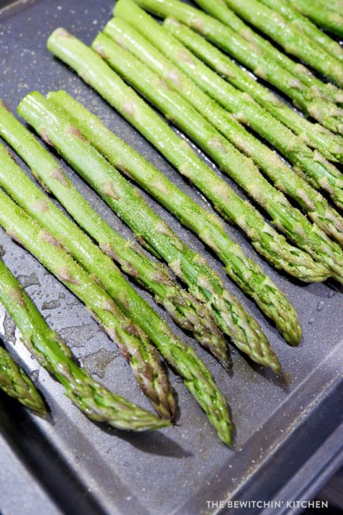 Roasted garlic asparagus with balsamic vinegar
