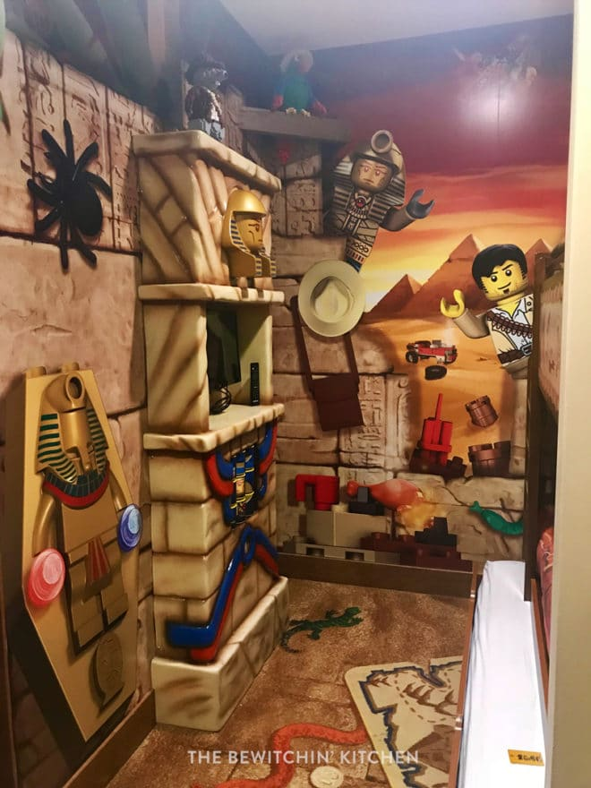 Legoland Hotel adventure room in Florida