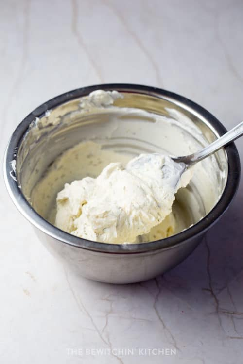 easy herb and garlic cream cheese
