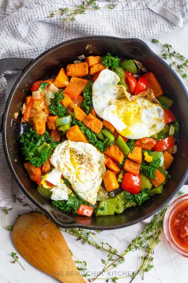 sweet potato egg skillet with kale and peppers