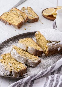 vegan lemon poppyseed cake